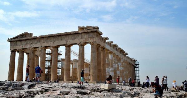 """4a Wer hat die Eule nach Athen gebracht?  -->Aus """"Die Vögel"""" (nicht von Alfred Hitchcock sondern von Aristophanes)"""
