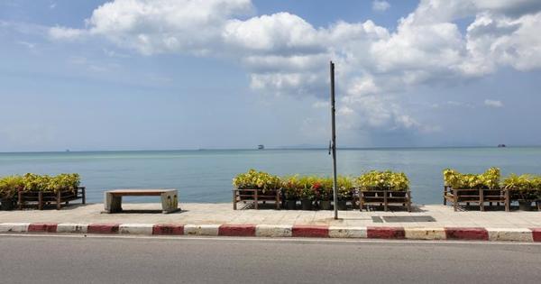Südostasien 2020 - Koh Samui, was tun, wenn man dort schon so viel gesehen hat? Einen Buddha mit vier Gesichtern entdecken - auf einer Sandbank stehen - Knoblauchbrot essen