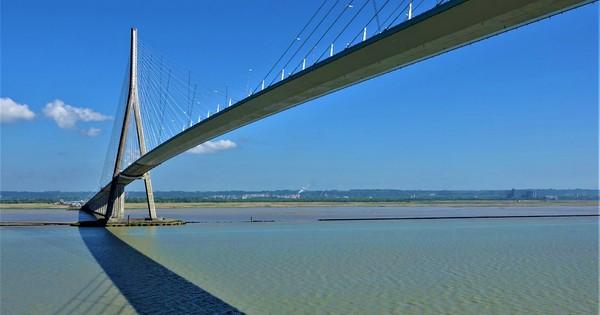 """Unsere Reise nach """"GB & IRL & F & B"""" vom 27. April bis 11. Mai 2018 mit AIDAvita – Tag 8: Pont de Normandie & Fahrt auf der Seine nach Rouen"""