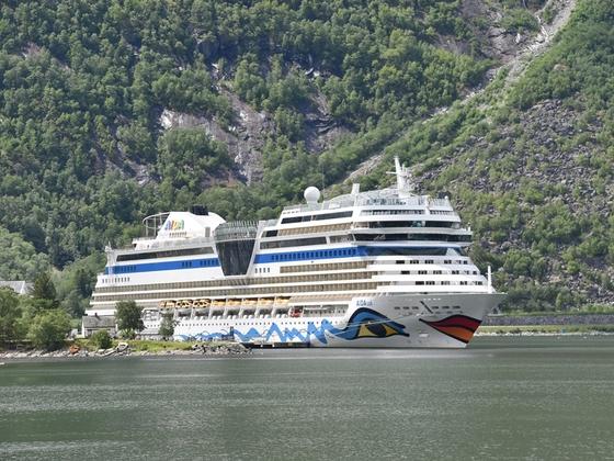 AIDAsol im Eidfjord