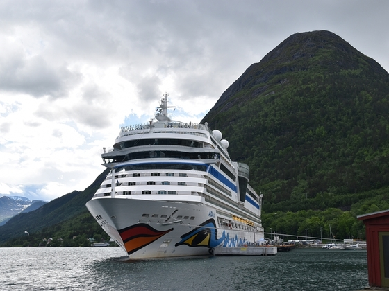 AIDAsol in Andalsnes