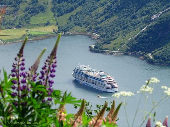 AIDAsol im Geirangerfjord, DEM Traumziel vieler Nordland-Kreuzfahrer