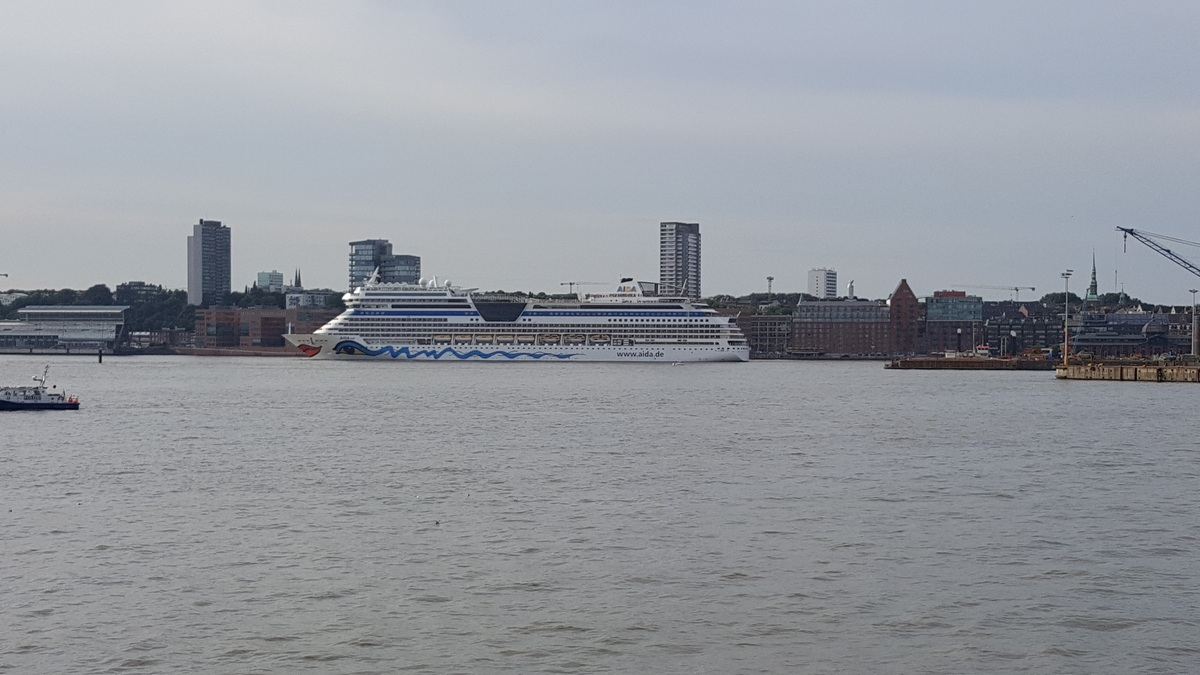 AIDAsol Hafen Hamburg 23-07-2016
