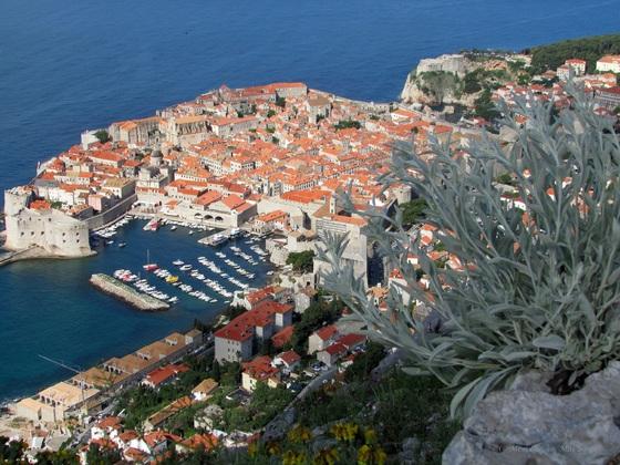"""Dubrovnik, die """"Perle der Adria"""" - Vom Hausberg Srđ aus liegt sie einem zu Füßen"""