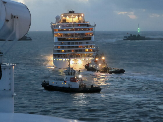 AIDASOL auslaufend Le Havre 2014 bei 10 Bft