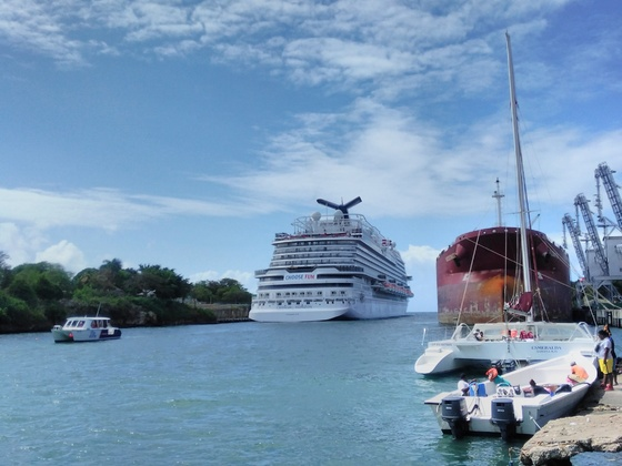""" Carnival Horizon "" @ CruisePort La Romana / Domrep."