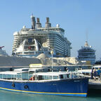 AIDAvita-Oasis of the Seas-2