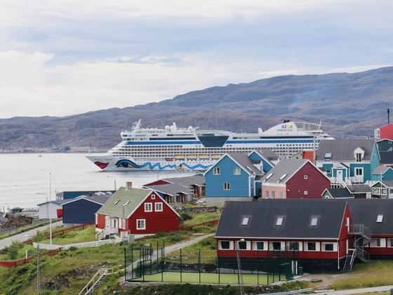 AIDAluna in Qaqortoq