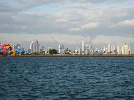 Karbische Momente - Panama City Skyline - Ausflug ONX01