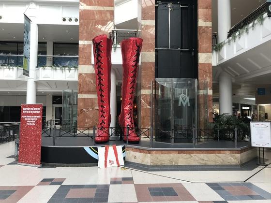 Vielleicht sehe ich es ja mal wieder   ( auf der Encore? ), Einkaufscenter in Southampton
