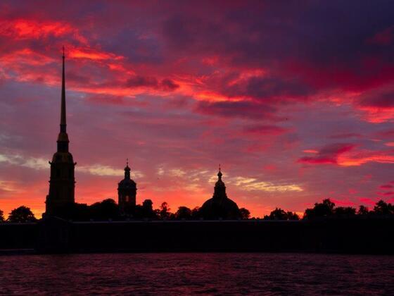 Es wird Nacht in St. Petersburg