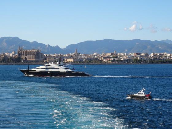 Bucht von Palma de Mallorca am Tauftag der AIDAperla, 30.06.2017