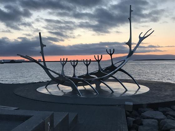 Island, Nachts gegen 0:00 Uhr