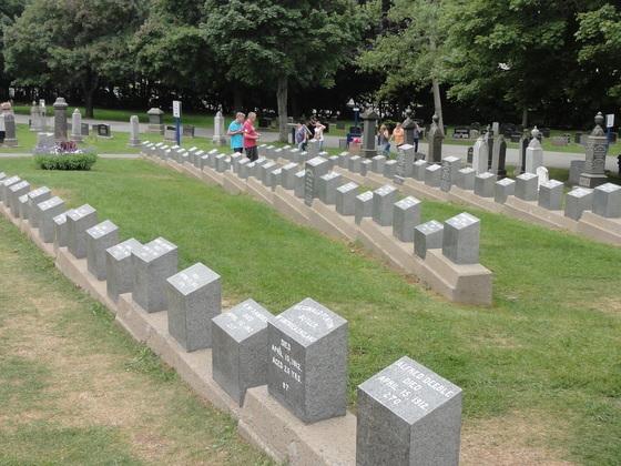 Fairview Lawn Cementry. Der Friedhof, wo die Titanic-Opfer beigesetzt wurden.