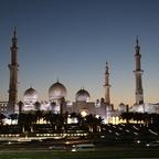 Scheich-Zayid-Moschee, absoluter Augenschmaus bei Nacht