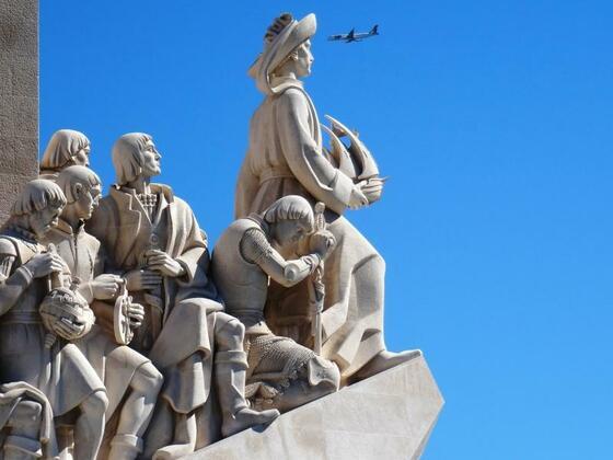 Da hat Heinrich der Seefahrer ja noch mal Glück gehabt :o) Mit der AIDAvita in Lissabon.