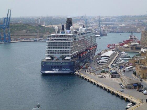 Die Mein Schiff 3 in ihrem Heimathafen Valletta