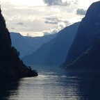 Eingang des Nærøyfjords