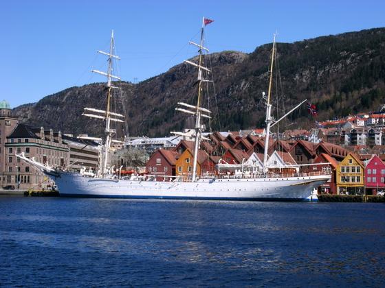 Bergen - Statsraad Lehmkuhl