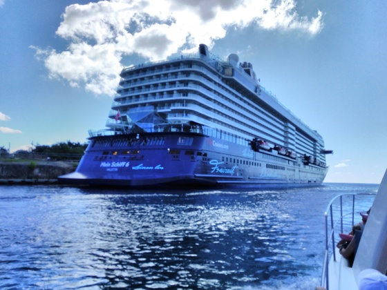"Mein Schiff 6 @ CruisePort "" La Romana "" Domrep."