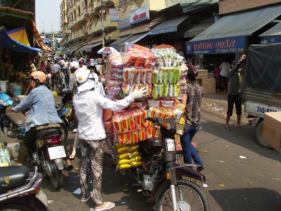 Mofa-Spediteur in Vietnam