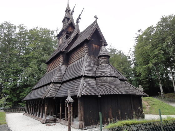Fantoft Stabkirche in Bergen