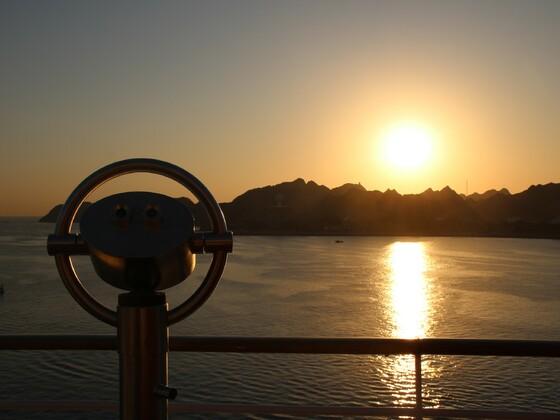 Oman - Sonnenaufgang in Muscat