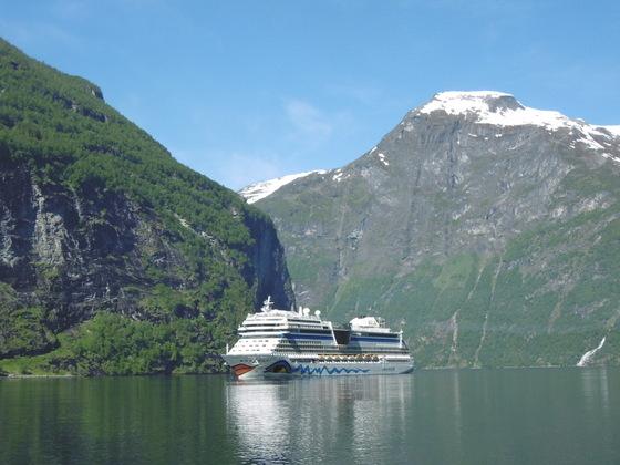 AIDASol im Geirangerfjord Norwegen